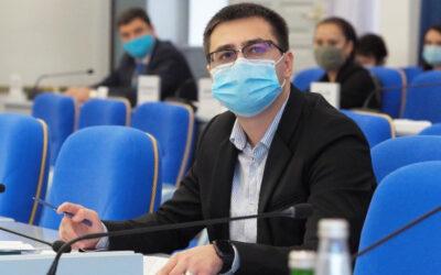 Без свободы и мандата: самый молодой депутат думы Ставрополья арестован за дачу взятки