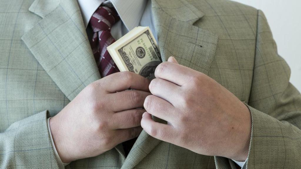 Генпрокуратура сообщила о росте взяточничества в России